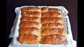 Minibatoane foarte pufoase cu unt, pentru micul dejun, reteta de colectie, foarte moi si fine, ideale pentru sandvisuri sau ca...