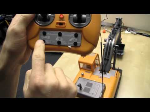 Arctic Hobby Land Rider 507 RC Excavator Unboxing & First Look Linus Tech Tips