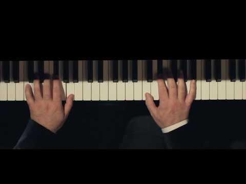 Mozart – Piano Sonata facile in C K.545, Albert Guinovart