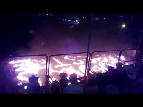 show PIROMUSICAL enceramento rodeio country com equipe cezar parana em ALPESTRE RS