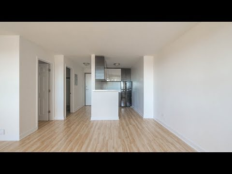 A spacious, updated studio in Lakeview East at 3130 Lake Shore Drive