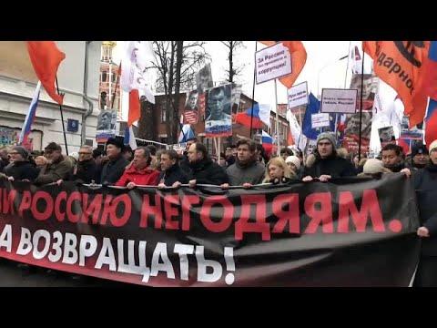 Russland: 6.000 Demonstranten bei politischem Geden ...