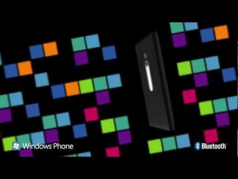 Nokia Lumia 800 in Green and Red Spotted in New Commercial