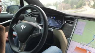 $1000 credit when you order a Model S/X: http://mactechgenius.com/Tesla/referral.htmlIncredible autopilot performance on curvy mountain roads, the car automatically reduces speed prior to curves and maintains proper lane position. -Site: http://www.mactechgenius.com-Twitter: https://twitter.com/mactechgenius-Google Plus: https://plus.google.com/+mactechgenius