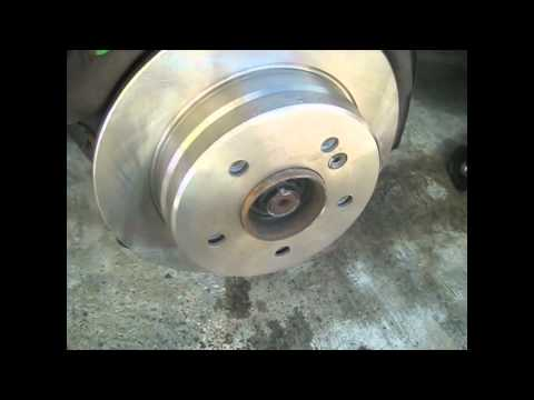 1987 Mercedes Benz 300E Rear Brake Pads/Rotors Replace