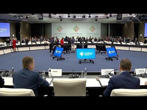 EU-Verteidigungsminister beraten über Militär-Zusam ...