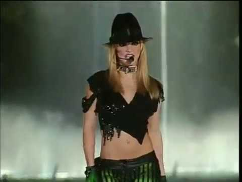 2009 - Britney Spears Live Performance Bellagio Fountains - Las Vegas New Years Eve - KVVU TV