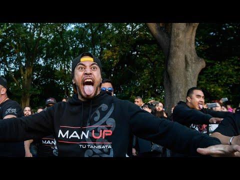 Neuseeland: Trauer mit »Haka«, dem traditionellen Tanz der Maori