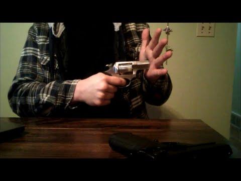 Revolver Vs Auto ( By Massad Ayoob )