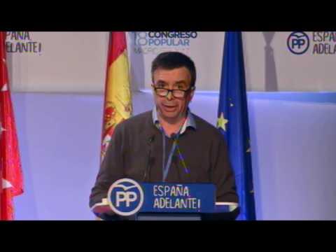 Vidal defiende la apuesta del PP por la cultura, la defensa de las tradiciones, el plurilingüismo y la lucha contra la piratería.