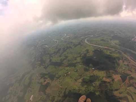 Voando em Coronel Freitas SC vôos duplos em União Do Oeste  (whats 49 984197014)