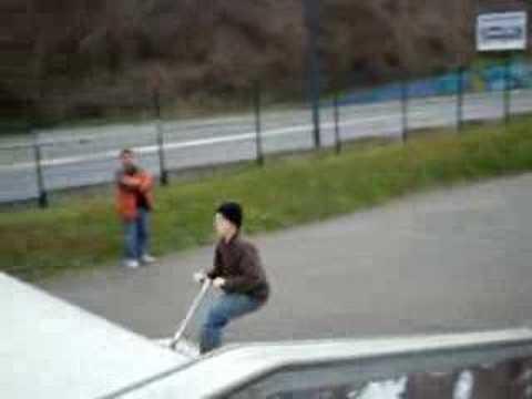 nicolas, alexandre, yacine, et arvin au skate park de massy