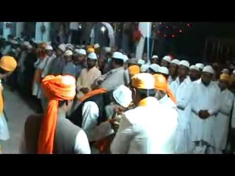 Nizamuddin Auliya Aurangabadi charagha mehfil 2- (12).flv