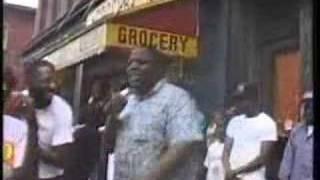 Biggie Smalls. Freestyling On a Brooklyn Street Corner