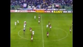 """Zinedine Zidanes trifft aus 40 Metern mit """"schwachem"""" Fuß"""
