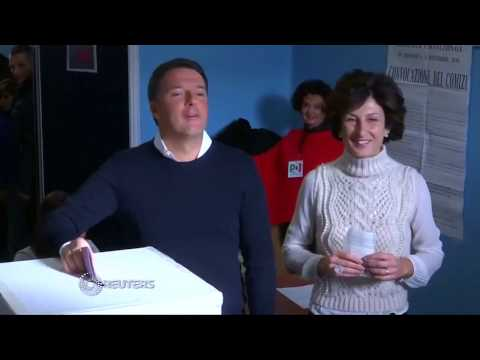 Italy: Opponents celebrate Renzi defeat