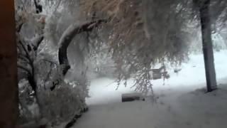 Consequences of a snowstorm in Ukraine. Spring 2017watch the videoSnow blizzardAfter a snow storm19 april 2017//////////////////////////////////////////////////////////////////////////////////////////////////////////Последствия снежной метели в Украине. Весна 2017.19 апреля 2017видеог, Каменское, Днепропетровская обл. метельснежная буря///////////////////////////////////////////////////////////////////////////////////////////////////////Транспортный коллапс в Днепре: замело трассы и аэропортВъезд и выезд в Днепр со стороны Запорожья заблокирован с двух сторон из-за большой пробки, которая образовалась в связи с тяжелыми погодными условиями, также снегом замело территорию аэропорта.////////////////////////////////////////////////////////////////////////////////////////////////////////В городах Украины закрываются школы из-за похолодания//////////////////////////////////////////////////////////////////////////////////////////////////////Синоптики прогнозируют в Украине холодную неделю, снег и заморозки/////////////////////////////////////////////////////////////////////////////////////////////////////В связи с вторжением арктического воздуха 18-22 апреля в Украине ожидается холодная погода: ночью заморозки в воздухе 0-5°, на поверхности почвы 3-8°, дождь с мокрым снегом.//////////////////////////////////////////////////////////////////////////////////////////////////////СМОТРИТЕ ЕЩЕ ВИДЕО НА МОЕМ КАНАЛЕ :как было вчера..? https://www.youtube.com/watch?v=o4-YP-nFIRA////////////////////////////////////////////////////////////////////////////////////////////////////ЦВЕТУЩИЕ РАСТЕНИЯ И ПЛОДОВЫЕ ДЕРЕВЬЯ ПО СНЕГОМ. за городом. Смотрите видео https://www.youtube.com/watch?v=JiA9NrnzYaE///////////////////////////////////////////////////////////////////////////////////////////////////////////КАК ПРИГОТОВИТЬ ВКУСНЫЙ ЛЕНИВЫЙ ПИРОГ НА КЕФИРЕ .СМОТРИТЕ ВИДЕО  https://www.youtube.com/watch?v=MtpRwkQbj8c////////////////////////////////////////////////////////////////////////////////