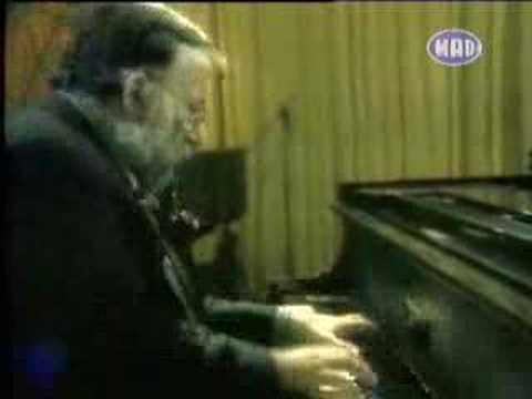 Rosa - Dimitris Mitropanos