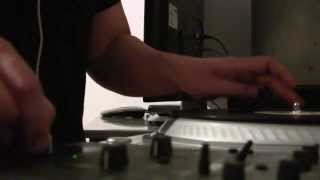 DV/DJ-Tech Scratch Battle - Deejay Stutter - Round 1
