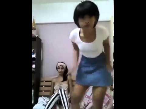 泰國辣妹跳熱辣辣的舞給你看!
