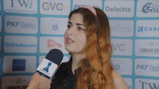 Tania Sachdev interviews IM Dorsa Derakhshani after her draw with GM Damian Lemos in Round 2 of #GibChess!