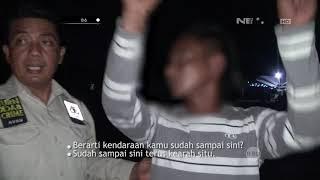 Video Tanpa Basa Basi, Pelaku Ini Menusuk Korban Yang Ngamuk dan Cari Masalah MP3, 3GP, MP4, WEBM, AVI, FLV Maret 2019