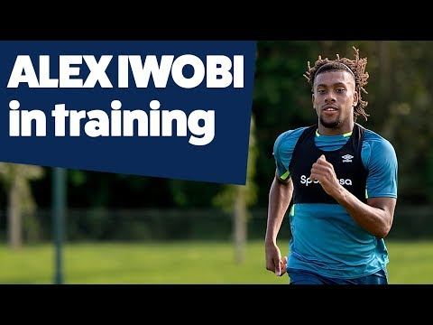 Video: ALEX IWOBI'S FIRST TRAINING SESSION | EVERTON IN TRAINING