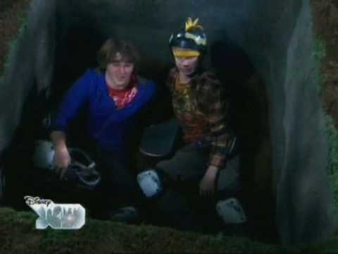 Zeke i Luther S01E11 Haunted Board part 3/3 PL