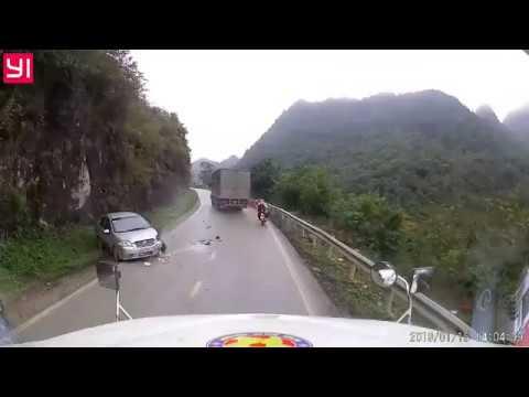 Xe tải biển 19 vượt ẩu trên đường đèo gây tai nạn nghiêm trọng - Thời lượng: 1:36.