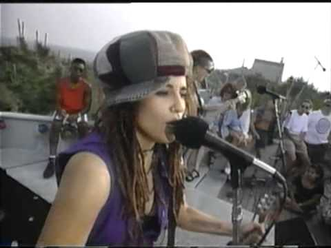 Video 4 NON BLONDES - WHAT´S UP ( live ) download in MP3, 3GP, MP4, WEBM, AVI, FLV January 2017