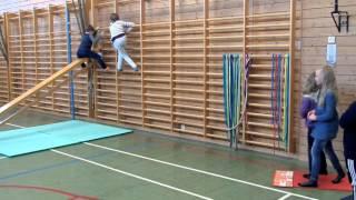 Hinderløype med Mattemaur i gymsal :-)
