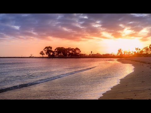 tutorials - To get my source files, sign up at: http://bit.ly/source-files-166 In this tutorial Im going to show you how to retouch a sunset with 2 different techniques: 1. A very golden hour look, very...