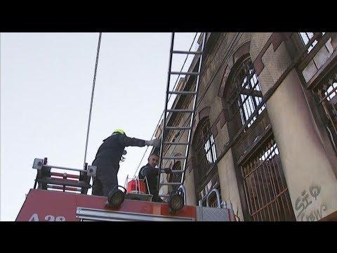 Τρίχρονο παιδί ανασύρθηκε νεκρό από κτίριο όπου εκδηλώθηκε πυρκαγιά στον Πειραιά