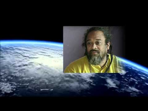 Mooji Video: Go Beyond