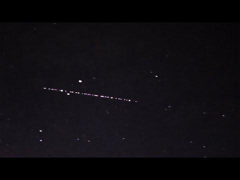 «Рой» спутников SpaceX замечен в небе над Уралом
