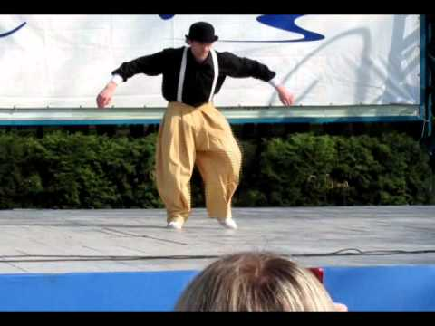 Popping dance 2011