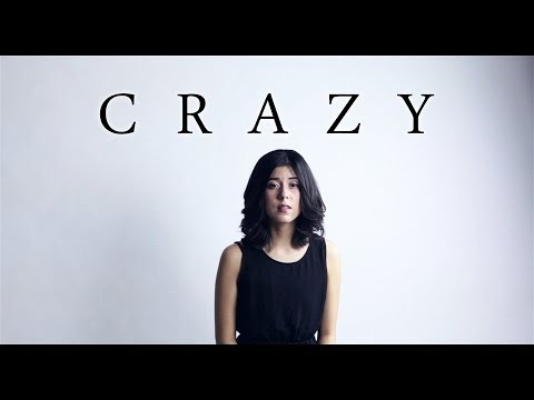 Gnarls Barkley - Crazy (Cover) by Daniela Andrade (видео)
