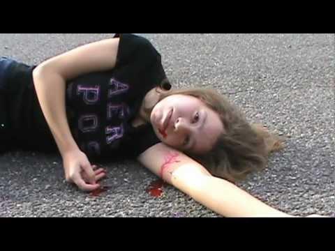 Delirium: Lauren Oliver- Trailer