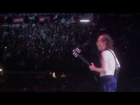 ACDC Hells Bells Live At River Plate 2011