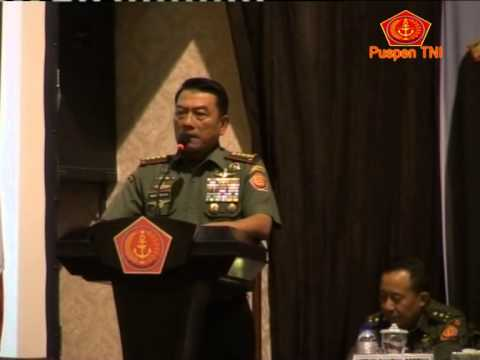 PENGARAHAN PANGLIMA TNI KEPADA PRAJURIT TNI DI SURABAYA DAN BALI