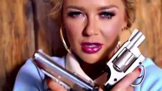 Maja Suput - Hej, Balkano music video