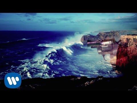 Tekst piosenki Foals - A Knife In The Ocean po polsku