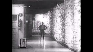 """Repostagem de vídeo, já postado aqui no Baú, de trecho que era apresentado  no início do seriado """"O Fugitivo"""", exibido no Brasil na década de 60 pela TV Tupi, com o oferecimento dos """"biscoitos e massas Piraquê""""."""