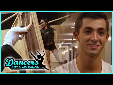 dancer - WATCH CHEERLEADERS S3 - http://bit.ly/1sH21ME Now that Casey is gone, Drew is stepping in just in the knick of time before Finals. He's having to learn dances only moments before the show!...