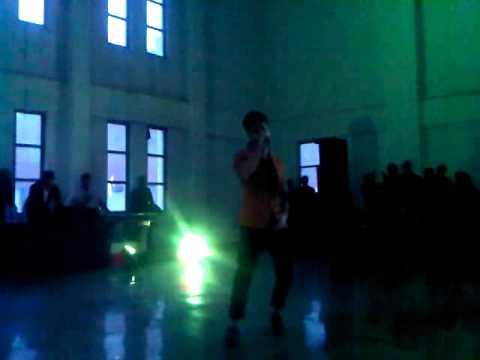 Video A-bazz performing at Karvaan 2013 download in MP3, 3GP, MP4, WEBM, AVI, FLV January 2017