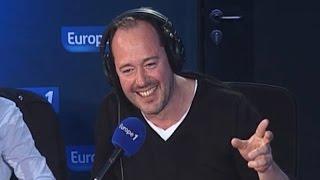 ABONNEZ-VOUS pour plus de vidéos : http://bit.ly/CyrilHanounaE1La soirée très arrosée de Jean-François CayreyLE DIRECT : http://www.europe1.fr/direct-video Nos nouveautés : http://bit.ly/1pij4sV Retrouvez-nous sur :  Notre site : http://www.europe1.fr  Facebook : https://www.facebook.com/Europe1  Twitter : https://twitter.com/europe1  Google + : https://plus.google.com/+Europe1/posts  Pinterest : http://www.pinterest.com/europe1/
