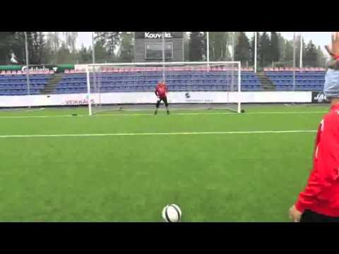 Pekka Sihvola: Penal con rabona