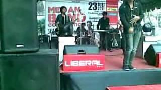 Download lagu Donat Tak Ingin Lagi Mp3