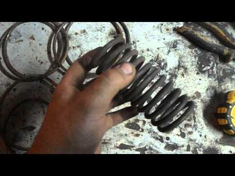 как сделать металлическую подставку под цветы своими руками