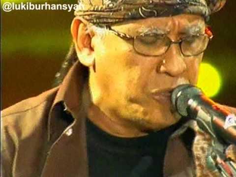 Video Sore Tugu Pancoran - Iwan Fals on Kilau Raya MNCTV 24, 20-10 -15 download in MP3, 3GP, MP4, WEBM, AVI, FLV January 2017